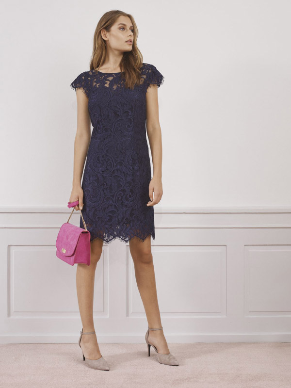 An invitation to look stunning in our feminine dresses