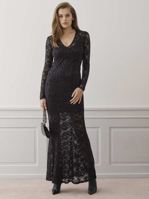 An amazing take on our full lace dress designed with sequins perfect for this season's many celebrations