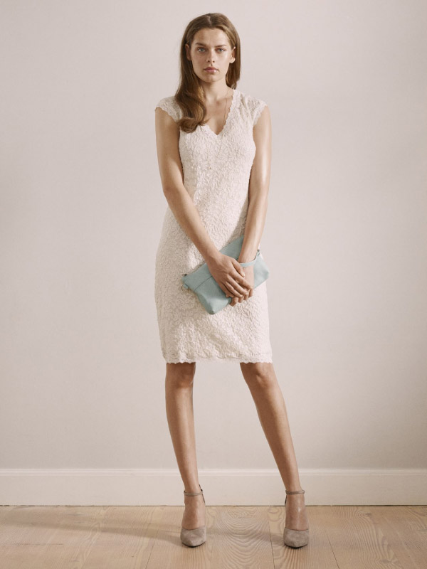 Gorgeous full lace styles perfect for everyday and special occasions