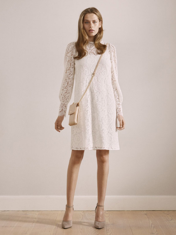 Classy yet cool woven full lace styles embracing a feminine look
