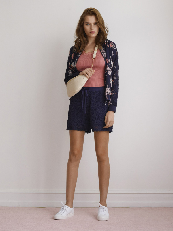 A TAKE ON EVERYDAY WEAR READY FOR SUMMER