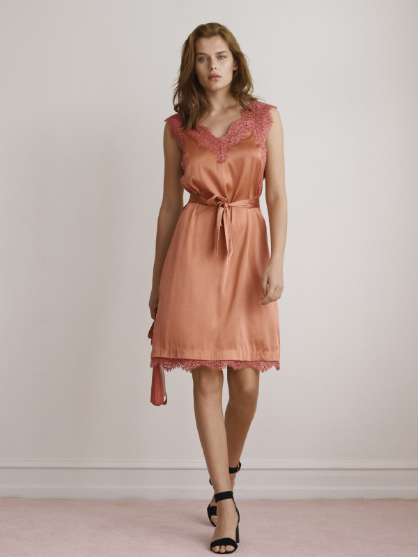 NEW LUXURIOIUS SILK STYLES WITH HAND-DRAWN LACE DETAILS THAT