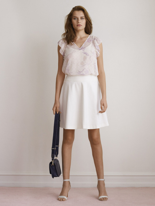 SOPHISTICATED WHITE – A COOL CHOICE FOR DAY OR EVENING