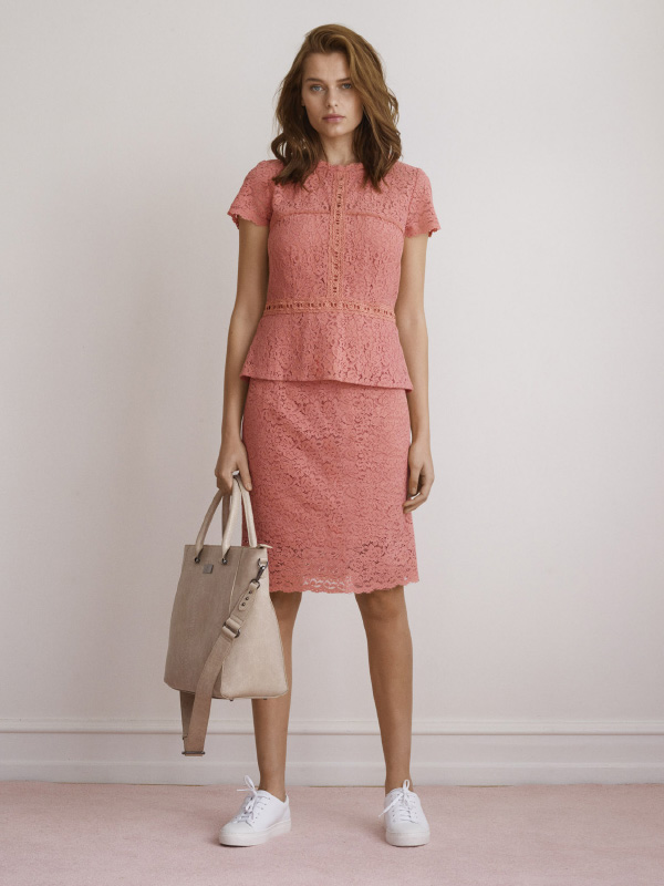 LOOK AMAZING IN THESE TWO FABULOUS LACE STYLES THAT CAN BE STYLED TOGETHER OR INDIVIDUALLY FOR ANY OCCASION