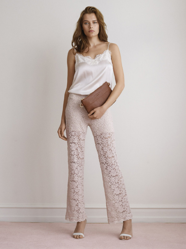 CREATE A COOL LOOK WITH SILK AND LACE STYLES PERFECT FOR ANY OCCASION